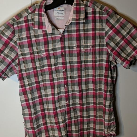 Tommy Bahama Other - Tommy Bahama Large short sleeve shirt